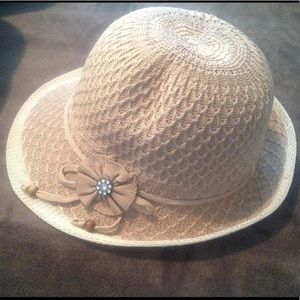 NEW Finely Detailed Vintage Style Cloche Hat